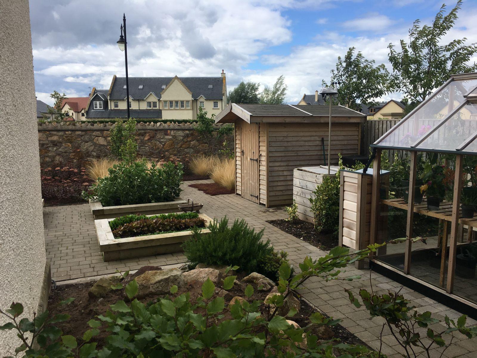 Garden Landscaping - Gardening Services Edinburgh